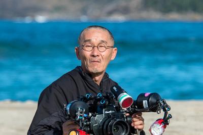 水中写真家として活躍中の阿部秀樹さん